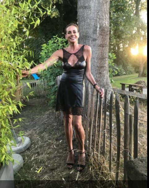 CANDYBAR-44, 42 ans (BOURGES )
