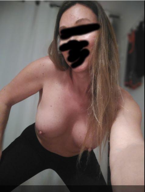 SELENHA89, 32 ans (La rochelle)